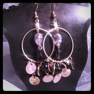 Jewelry - Tear drop dots earrings